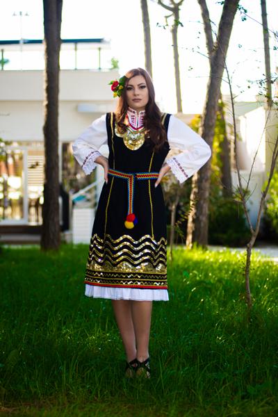 Bulgaria - Mihaela Toshinova